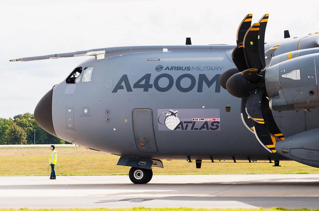 Airbus A400M EC-404 ILA 2012 taxi